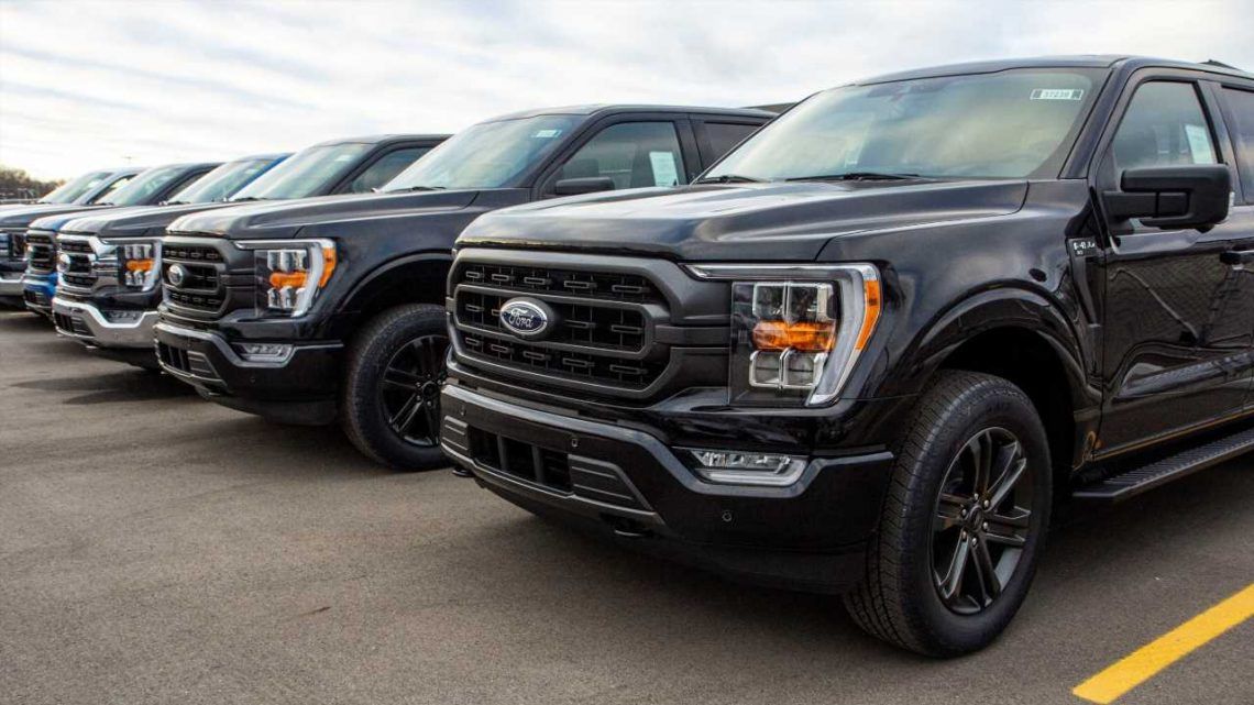 Now Ford Is Asking Texas Dealers to Loan Out F-150 Pickups With Onboard Generators