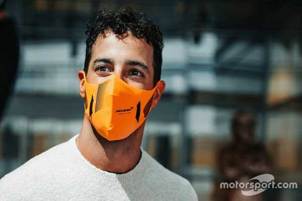 Ricciardo set for McLaren F1 debut in Silverstone shakedown