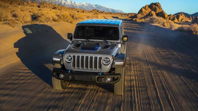 2021 Jeep Wrangler 4xe Electric Range and Fuel Economy Are So-So