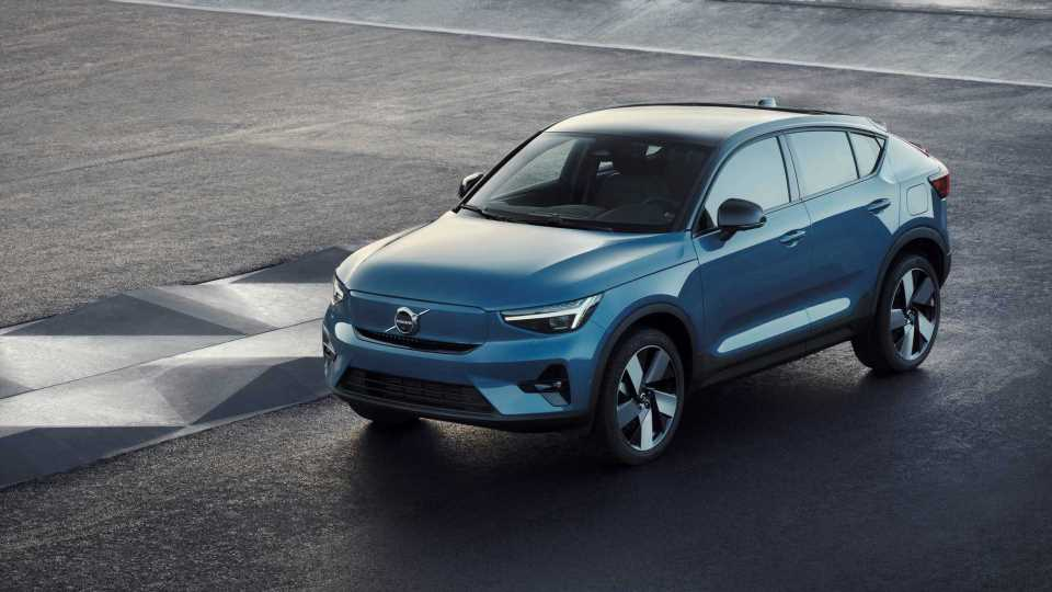 Volvo BEVs To Come Standard With Recharge Tires For Year-Round Use
