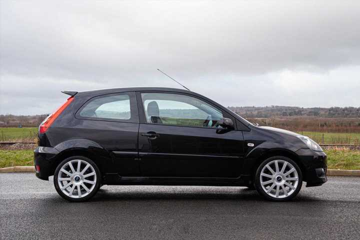 'Collector condition' Ford Fiesta ST150 | Spotted