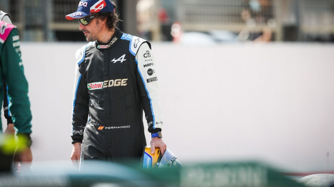 Fernando Alonso: 'We will try to put on a show'