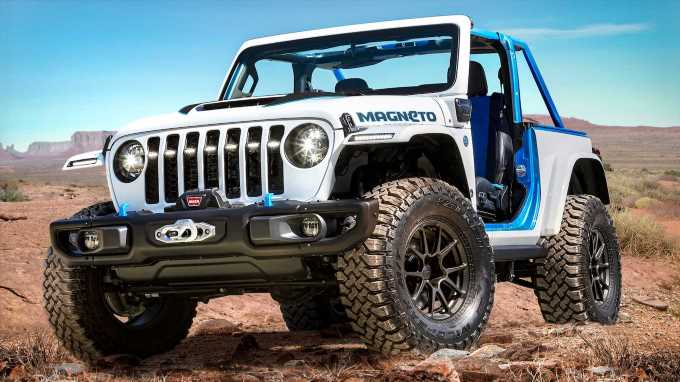 Jeep's Magneto Concept Is an EV Wrangler with a Manual Transmission and All Ate Up With Batteries