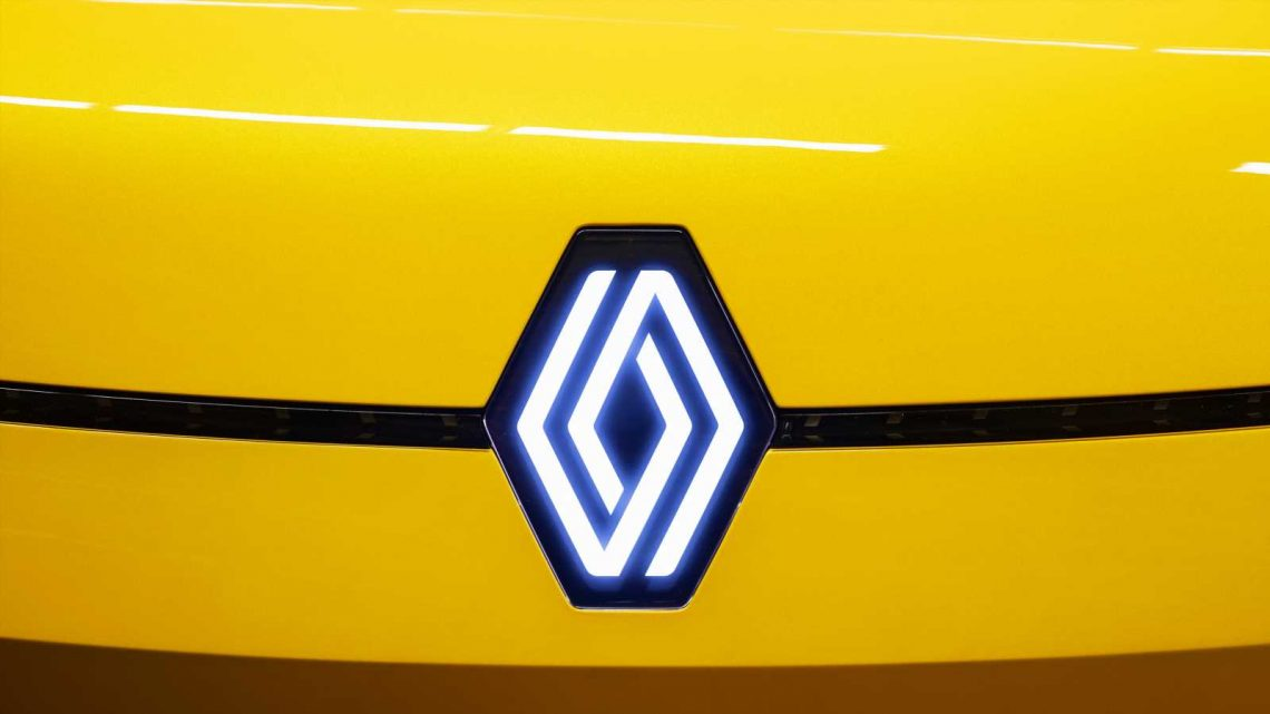 New Renault badge to be on all models by 2024