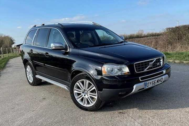 Volvo XC90 V8 | The Brave Pill