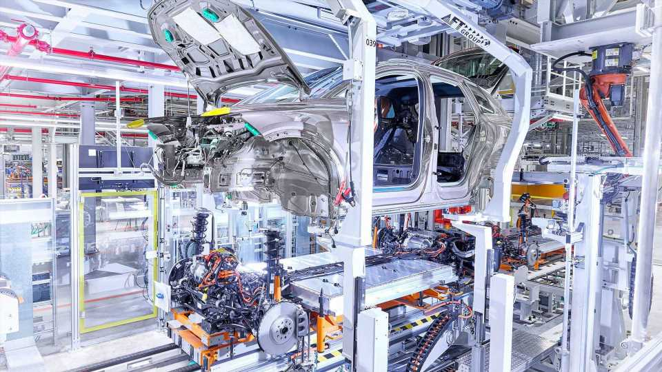 Volkswagen Zwickau Celebrates Production Rate Of 1,000 BEVs Per Day