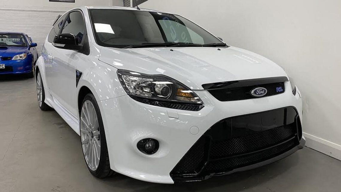 4k-mile Ford Focus RS MP350   Spotted