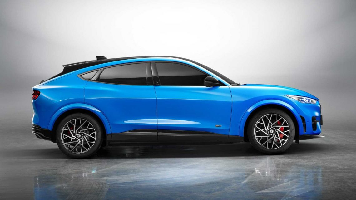What Does Top Gear Think Of The Ford Mustang Mach-E Vs Tesla Model Y?