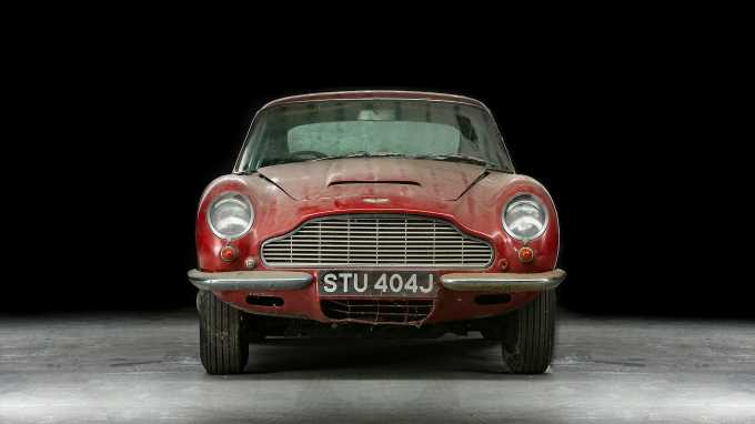 1970 Aston Martin DB6 Collects Dust for 30 Years; Sells for About $250K