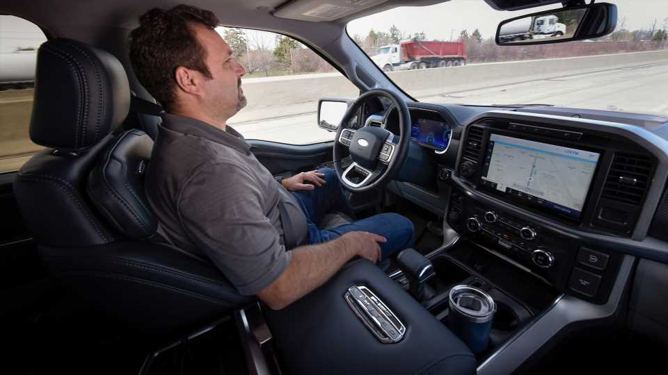 Ford Reveals BlueCruise Hands-Free Driving Tech for F-150, Mustang Mach-E