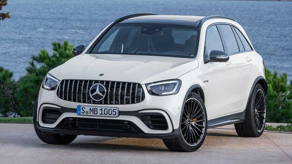 The Mercedes-AMG GLC63 S Coupe Welcomes an SUV Sibling for 2022