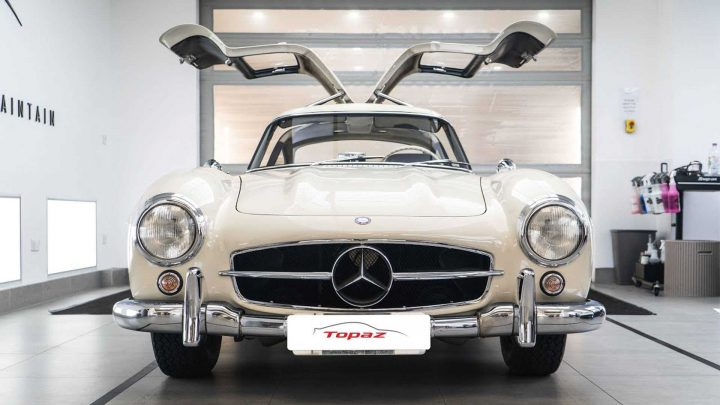 Mercedes 300 SL Gets The Detailer's Pampering It Deserves