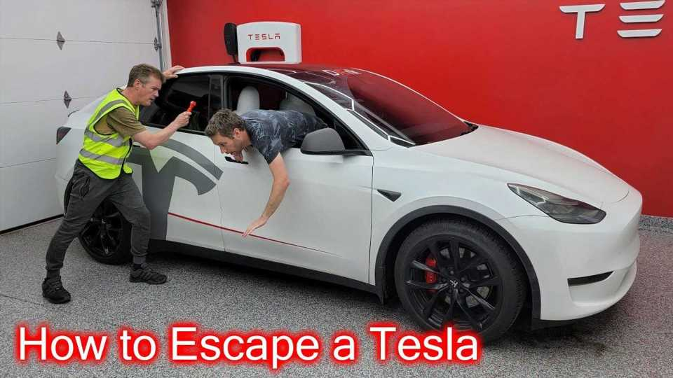 See How To Escape From Tesla Model S, 3, X And Y In An Emergency