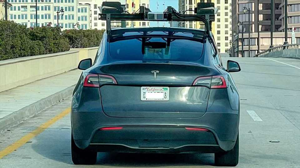 Why Tesla Using LiDAR Is Way More Complex Than It Seems