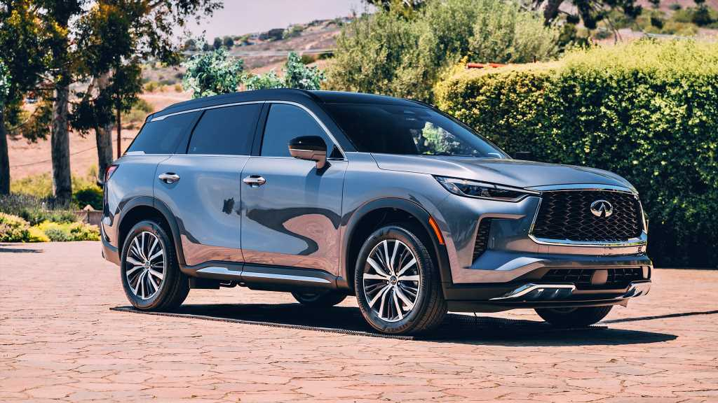 2022 Infiniti QX60 Brings Fresh Looks to the Brand's Mid-Size SUV