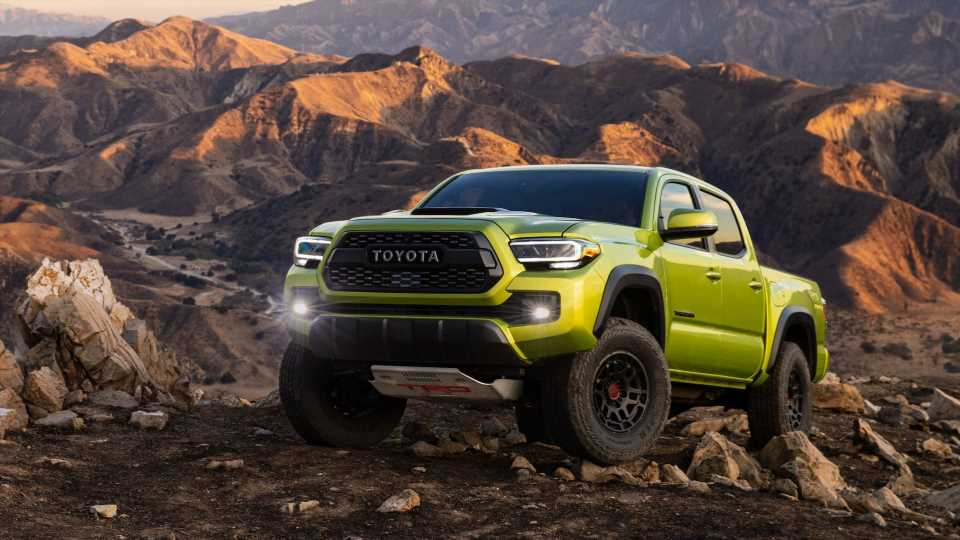 2022 Toyota Tacoma TRD Pro and Trail Edition: More Lift, More Colors, and Even Better Off-Road Specs