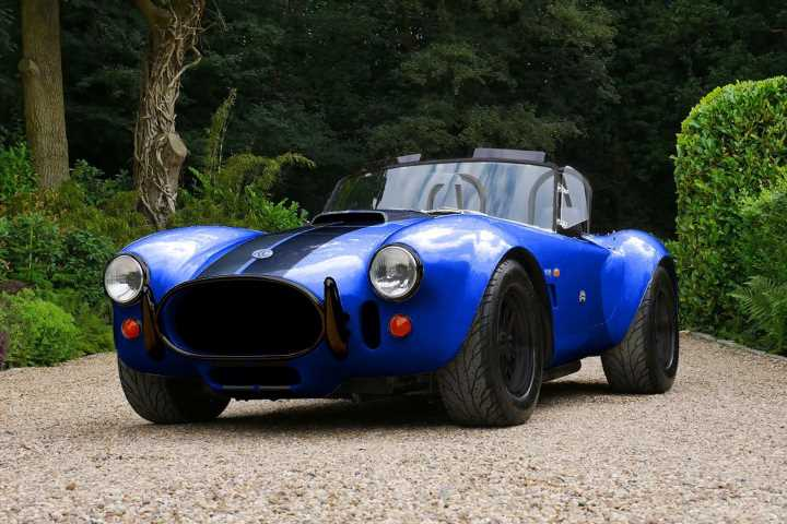 AC Cobra 4-electric lineup expanded