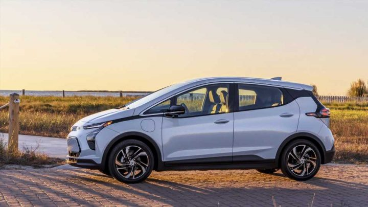 New Car Registrations Show EV Ownership Rising in 2021