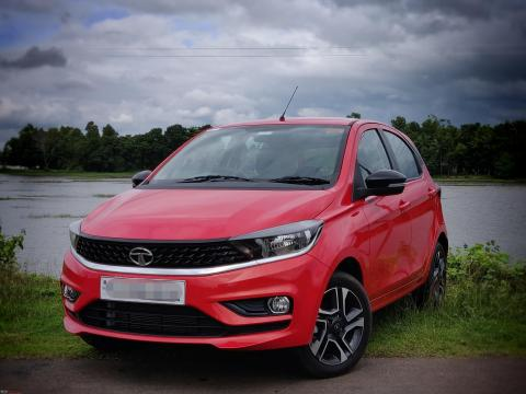 Tata introduces XTO variant for the Tiago