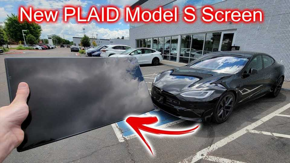 Tesla Model S Plaid Screen Test: Can It Be Hooked Up In Model Y?