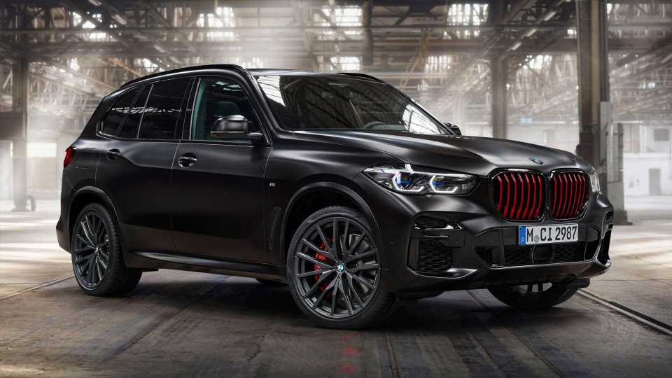 2022 BMW X5 Black Vermilion Debuts With Red Grille And Plenty Of Kit