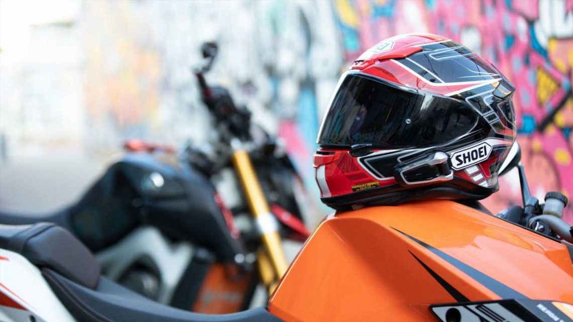 Deal of the Week: The Cardo Packtalk Bold Redefines In-helmet Comms with Fantastic Audio and Easy UX