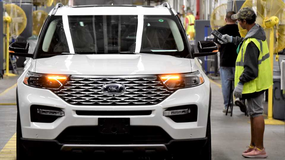 Ford's Truck and SUV Factories Will Shut Down Again Due to Chip Shortage