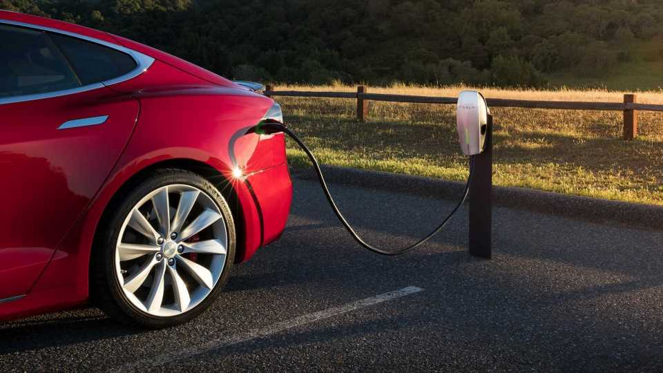 Is It Time For Hotels To Offer EV Charging Stations?