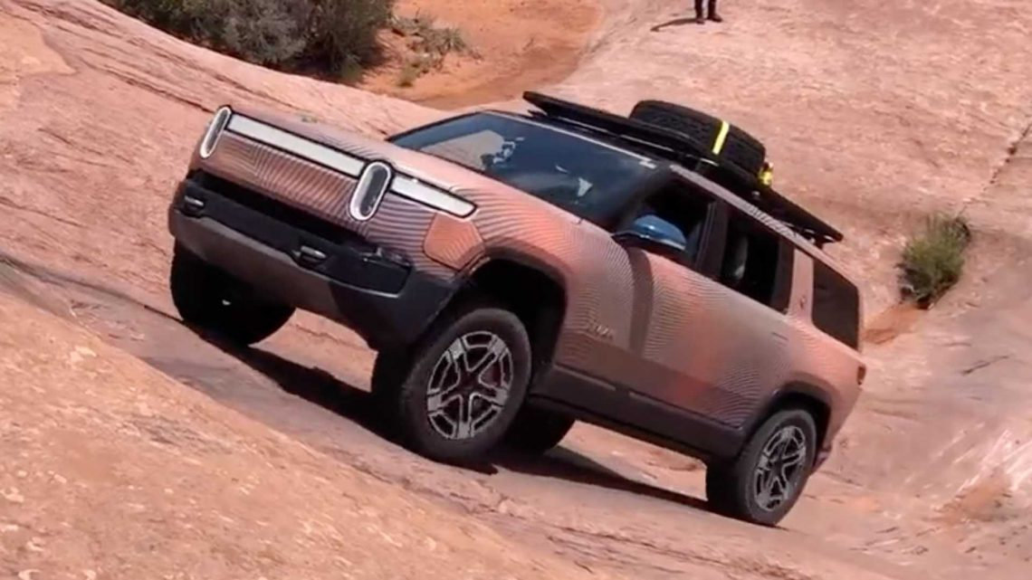 Rivian R1S Prototype Easily Tackles A Steep Uphill Climb