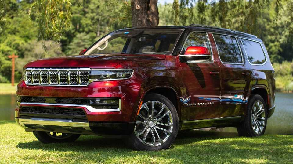 2022 Grand Wagoneer First Drive Review: A Lavish Living Room on Wheels