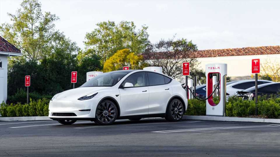 5 New Tesla Model Y 'Trims' Up For Approval In China: Exports?