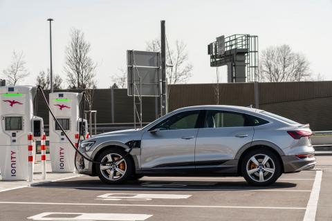 Audi to phase-out IC-engines in 2033; to go electric in 2026