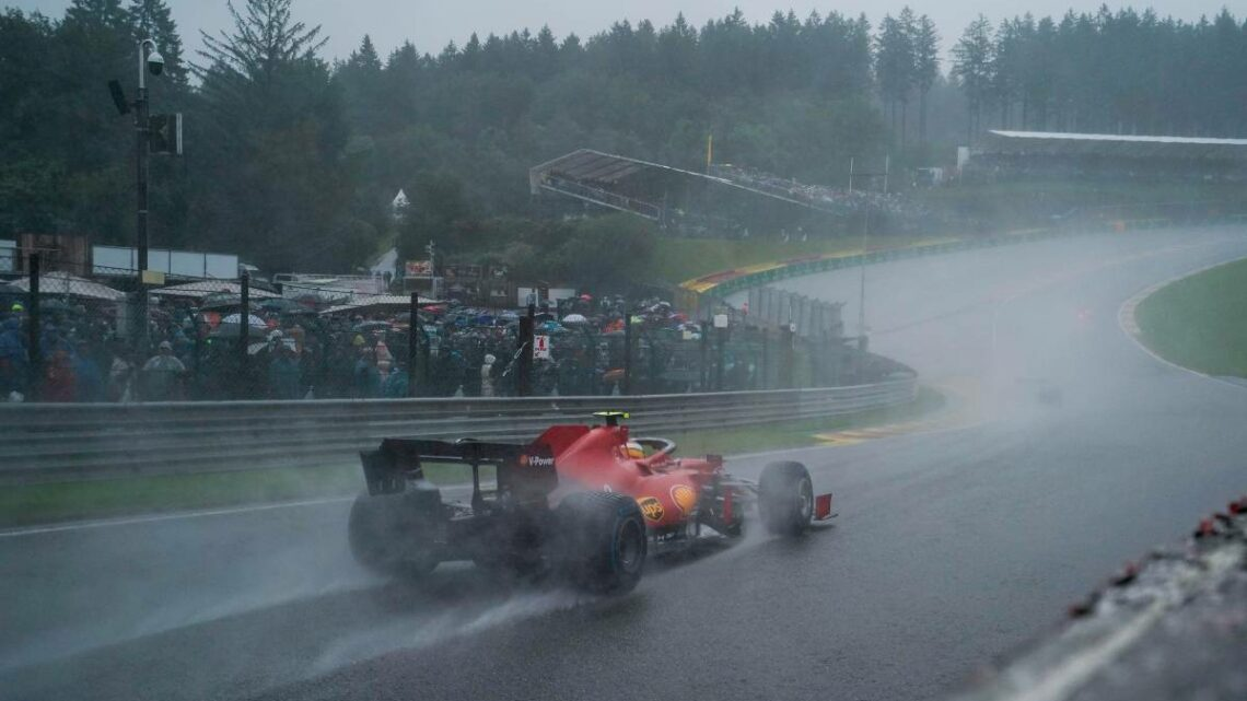 Carlos Sainz joins Lewis Hamilton in call for fan refunds | Planet F1