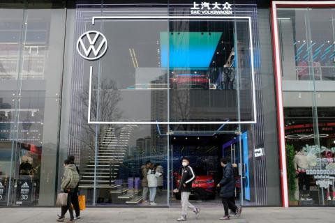 Failed VW Passat crash test leads to its downfall in China