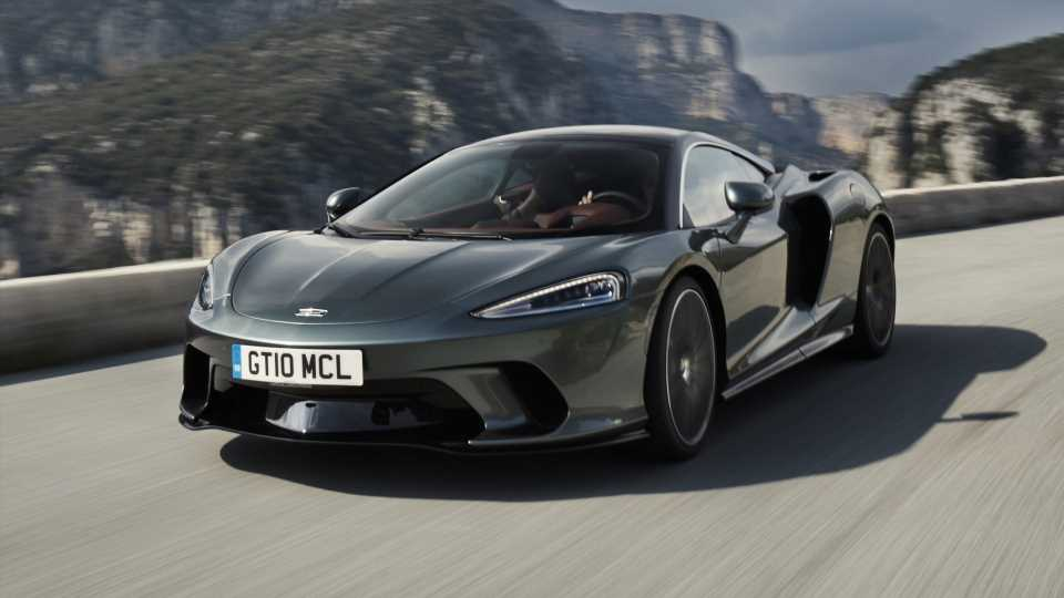 McLaren Recall Suggests 19 Owners Didn't Notice One of Their Brakes Wasn't Working