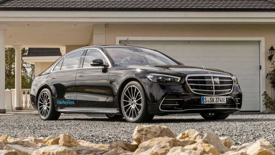 Mercedes S-Class PHEV Long-Wheelbase Costs Almost £105,000 In UK