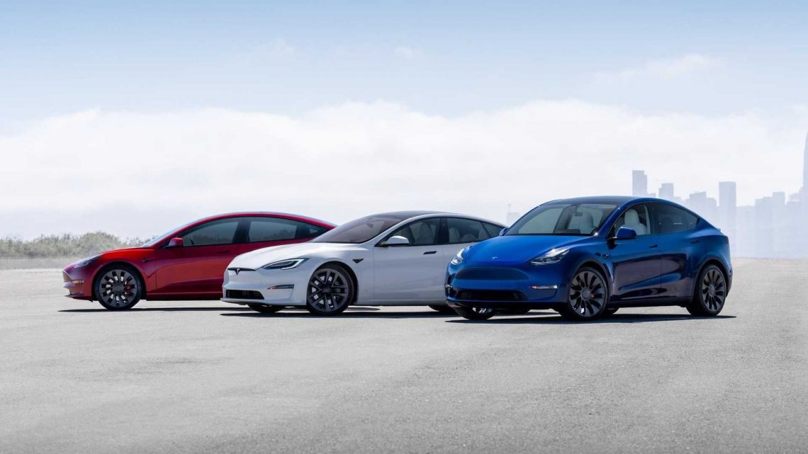 See Tesla BEV Sales Comparison With Other OEMs (2017-2020)