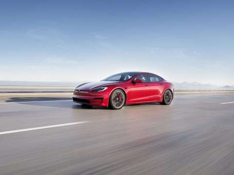 Tesla self-driving tech could be offered to other automakers