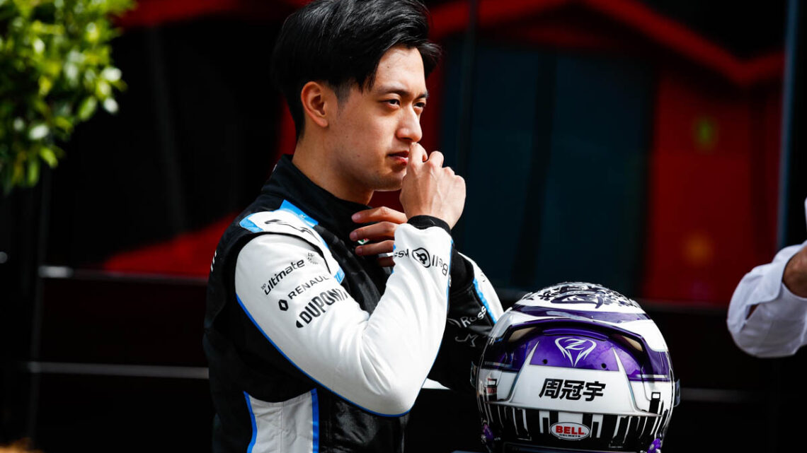 'Guanyu Zhou wants two-year deal, Alfa only offering 2022'
