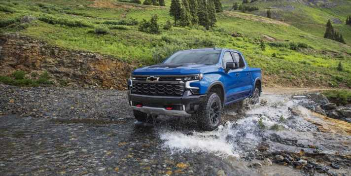 Chevy Silverado Gets the Tough ZR2 Package for the First Time