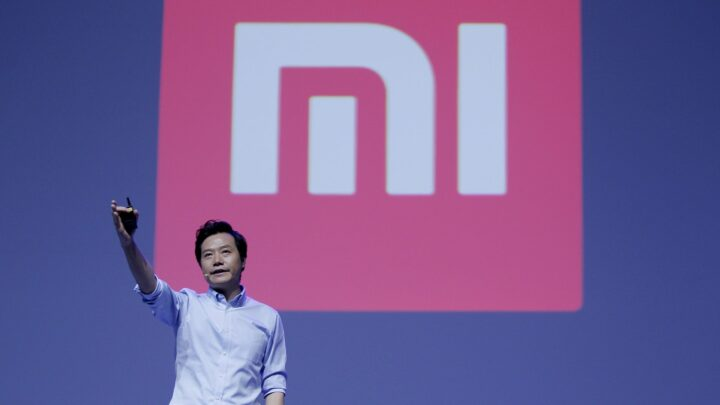 Chinese Smartphone Giant Xiaomi Wants to Make EVs