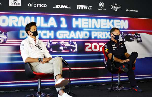Mercedes 'love' that Red Bull are 'distracted' by PU complaint