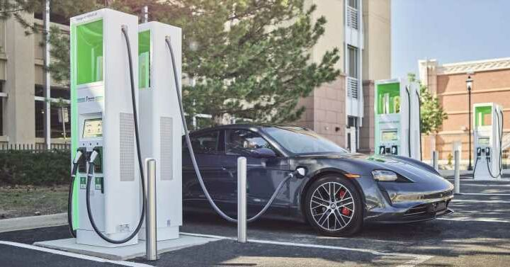 New York Will Ban Sale of Gas-Engined Cars by 2035