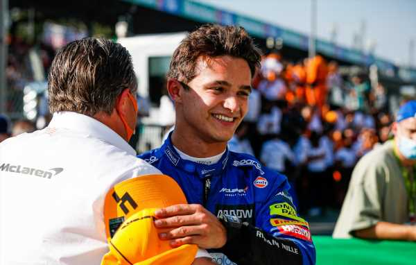 Qualy: Norris takes first F1 pole ahead of Sainz