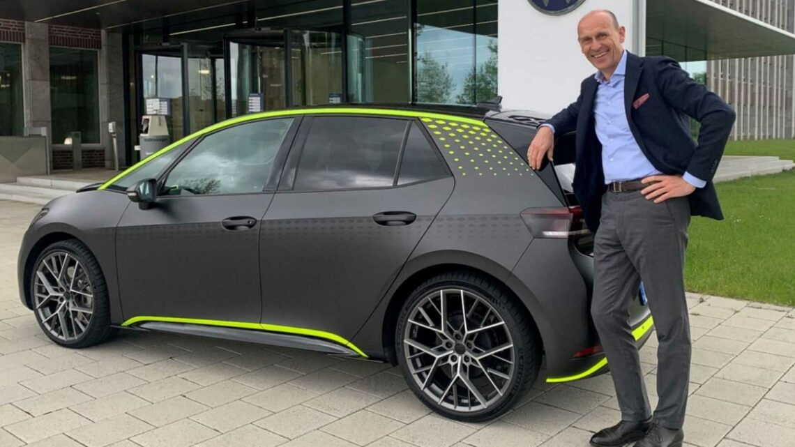 VW Boss Confirms ID X All-Electric Hot Hatch For Production