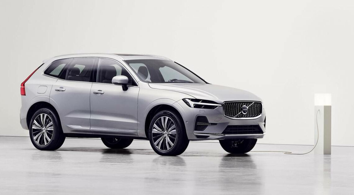 Volvo's Recharge PHEV powertrain upgraded – bigger 18.8 kWh battery, up to 90 km EV range, 455 hp for T8 – paultan.org