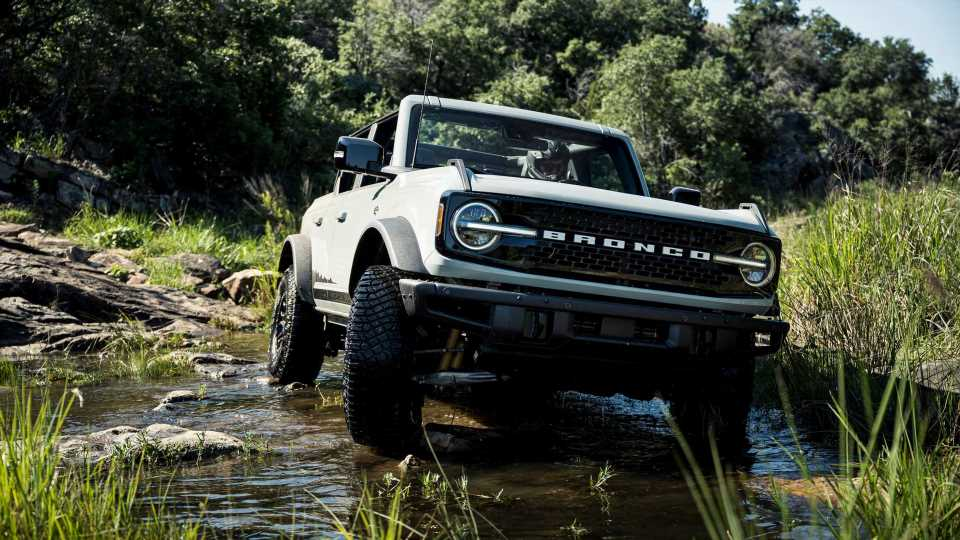 2021 Ford Bronco Recalled Over Improperly Folded Passenger Airbags