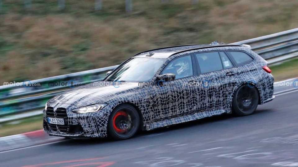BMW M3 Touring With Glowing Brakes Spied Attacking The Nurburgring