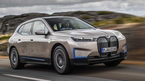 BMW to launch iX and i4 EVs in India in 2022