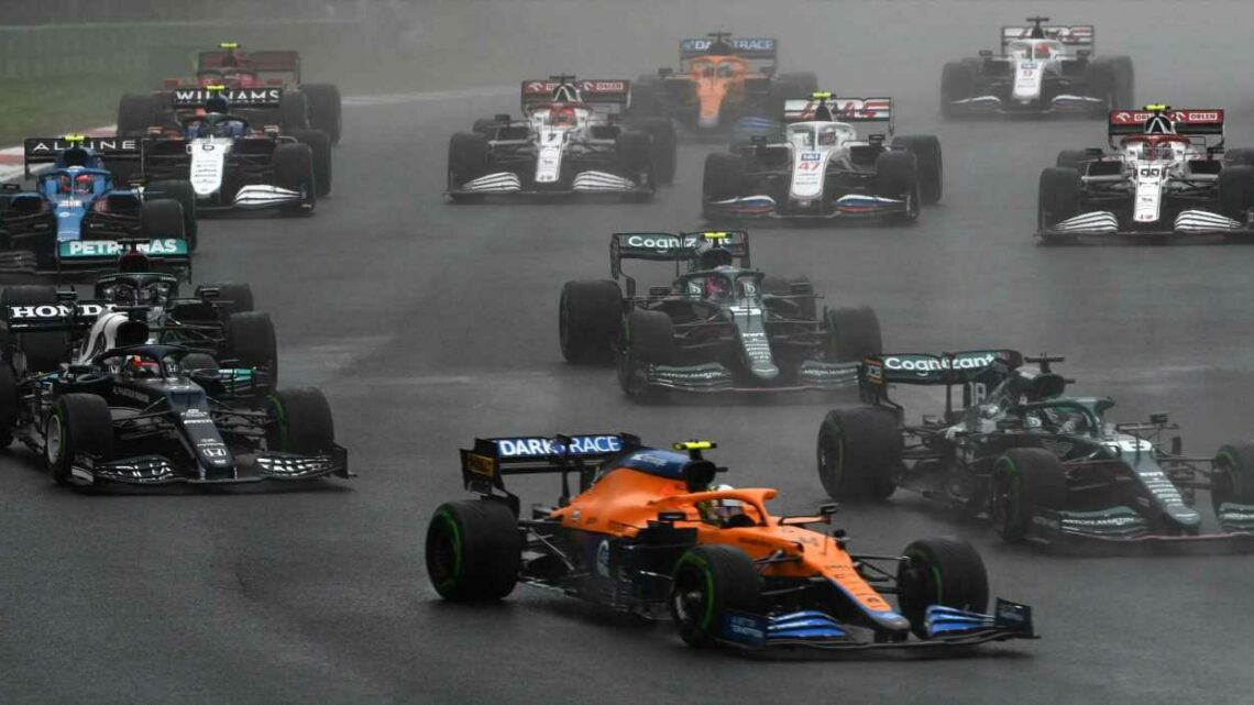 Gallery: Bottas Converts F1 Pole to Win in a Damp Turkey